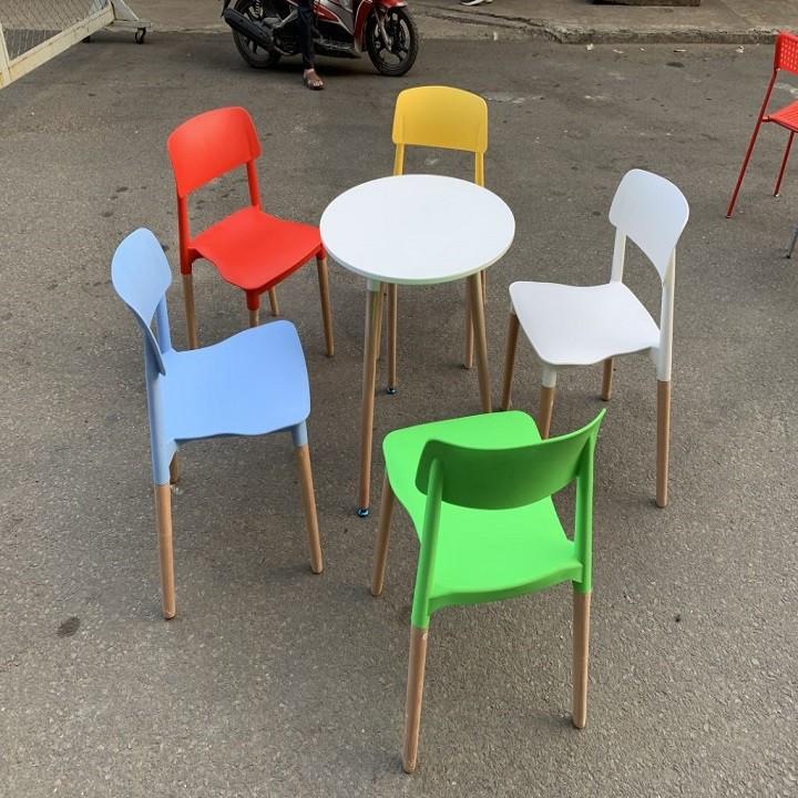 Ghế nhựa đúc chân gỗ GLM015