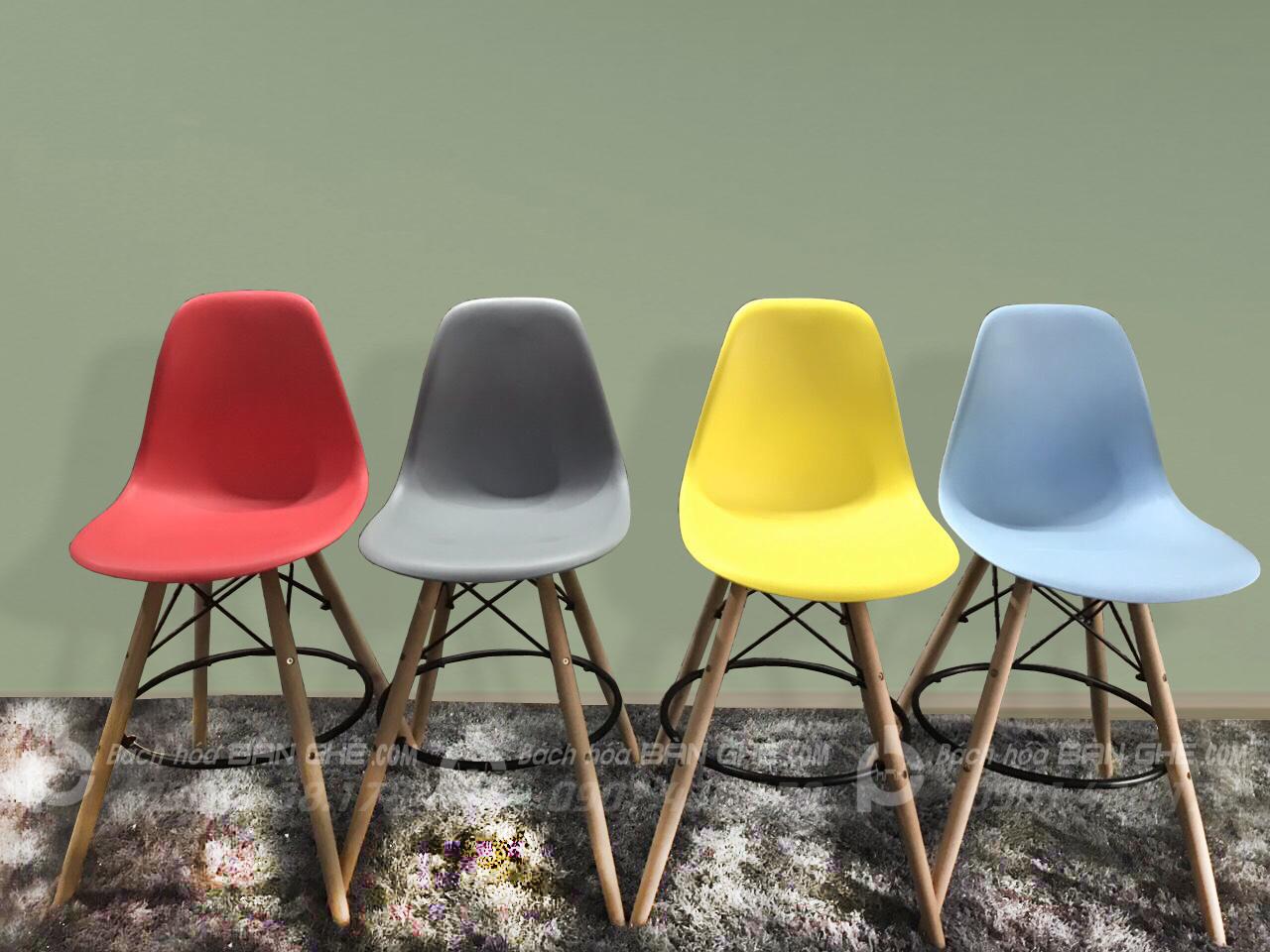 Ghế bar nhựa chân gỗ sồi GLM41
