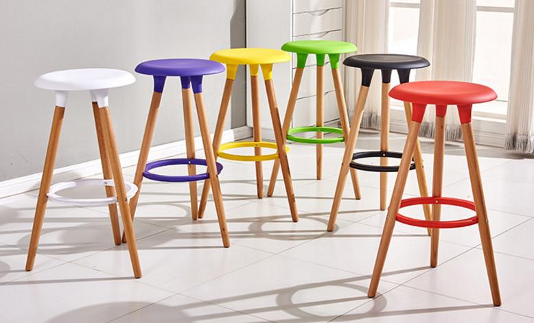 Ghế bar chân gỗ cao Eames A08