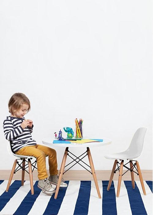 Ghế nhựa Eames trẻ em A17